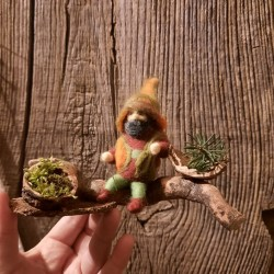 Lo gnomo dei boschi, in lana.